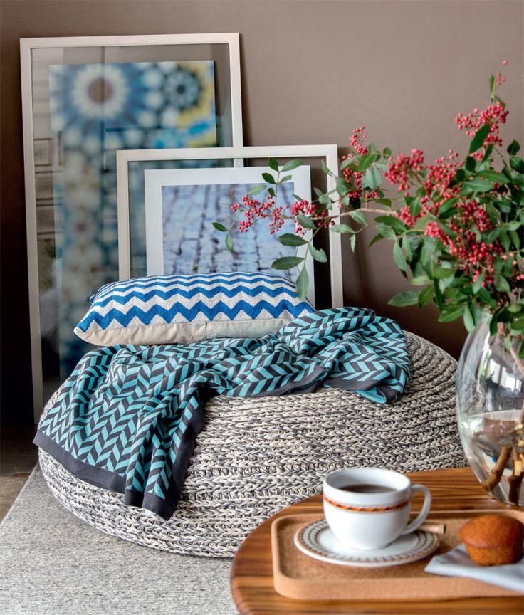 Chegou a hora de tirar o tricô do armário e exibir suas mantas, almofadas e acessórios pela casa -- separamos 4 fotos de ambientes com eles para te inspirar!