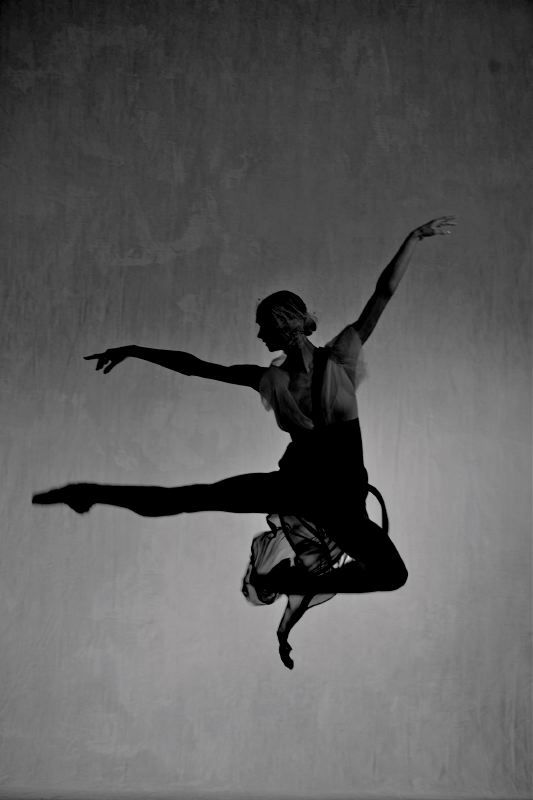 Peter LINDBERGH :: Berlin Ballet for Vogue Germany