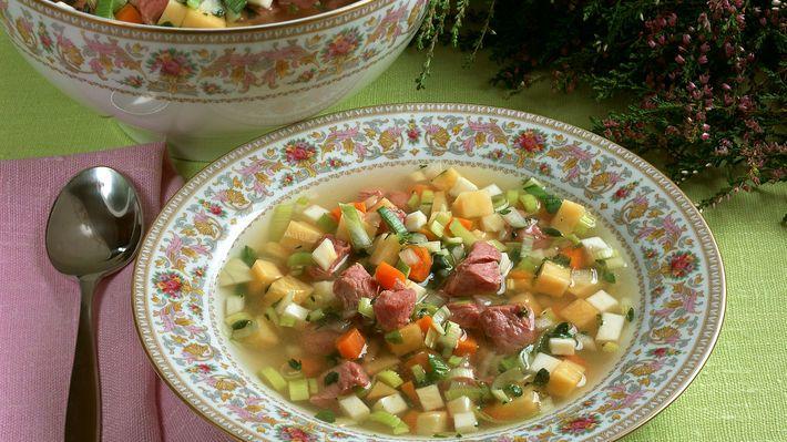 MatPrat - Suppe med lettsaltet lammekjøtt