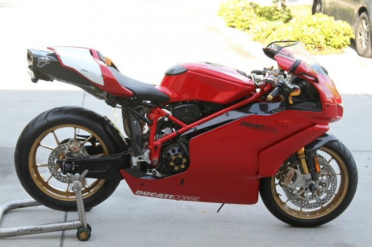 2005 Ducati 999R with 3,880 miles
