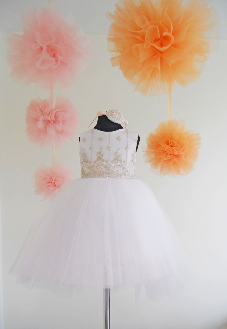 Sukieneczki dla małych księżniczek szyte na miarę.  facebook.com/pracownia.migala