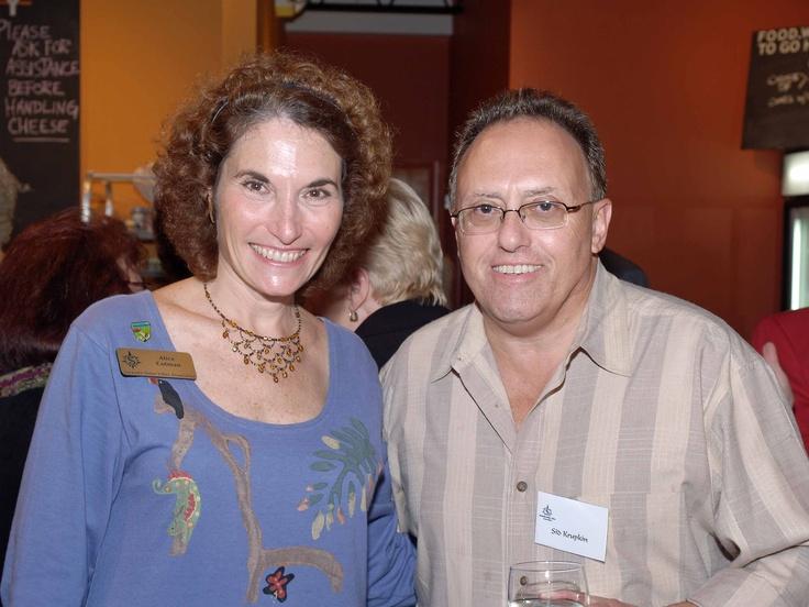 Alice Cotman & Sid Krupkin at the January 2006 Sarasota Sister Cities New Members orientation at Southgate Gourmet in Sarasota
