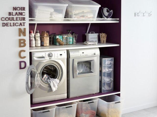 La buanderie ...  L'idée à copier : Installer lave-linge et sèche-linge en hauteur permet d'éviter de se pencher pour le remplissage et le vidage, mais aussi de dégager de l'espace au sol.  + peindre le renfoncement en couleur #maisonAPart