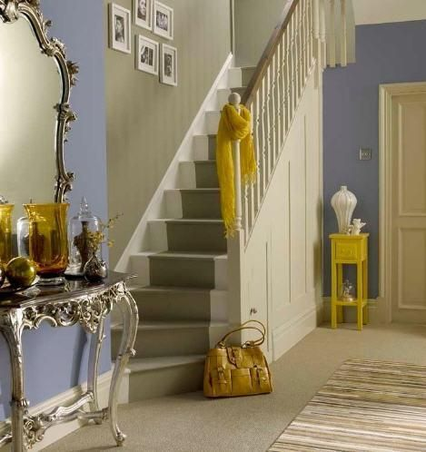 Painted stairs/color scheme