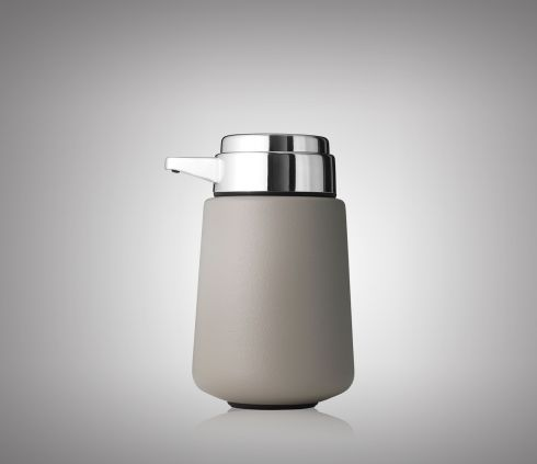 Vipp9 Soap Dispenser