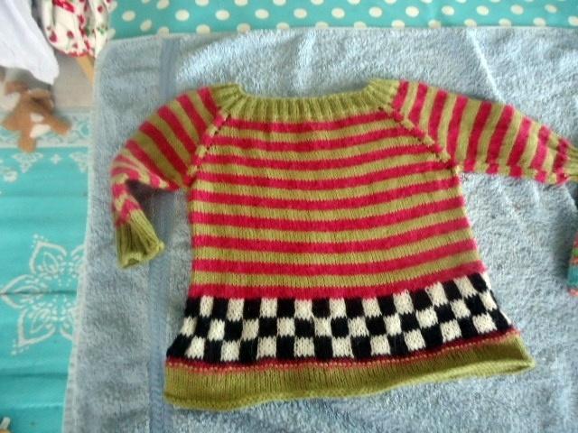 Lavet i uld/alpaca - eget mønster  top-down sweater
