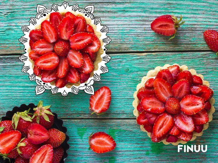 Zanim wyłożysz tartaletki truskawkami podsmaż je na klasycznym maśle FINUU. Zarumienione będą jeszcze słodsze i bardziej wyraziste. #FINUU #truskawki #tips #porady #deser #ciasto