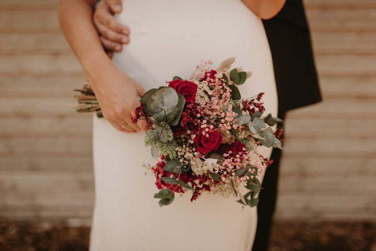 Hola! Hoy os quiero enseñar como fue esta increíble boda de dos personas maravillosas en todos los sentidos, Jacomar y Maria José. Si vais el resumen de su boda, podréis descubrir como disfrutamos aquel día y que mezcla de emociones vivimos todos. Este año he...