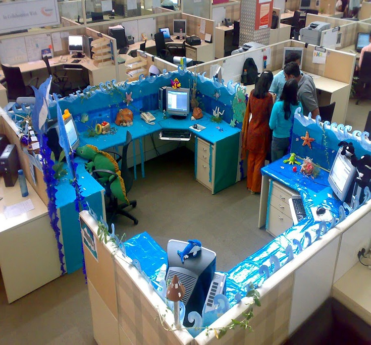 Decorated Cubicles For Summer! #cubiclesdecor