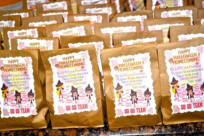 icheer cheerleading treat bags by Mrs. P.