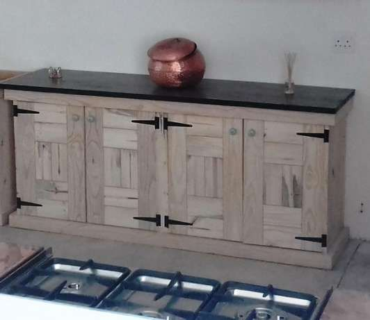 Kitchen Cupboard Base unit Farmhouse series 2000 Raw Brakpan - image 1