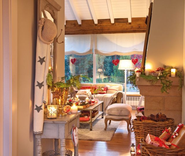 Modern Country Style: A Very Red Christmas House Tour!
