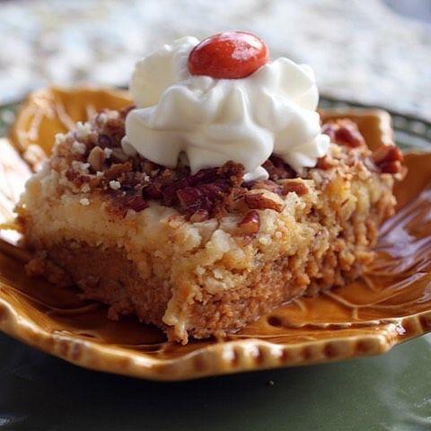 So yummy and way easier than pie, try this Pumpkin Crunch Dessert-link in profile!  #cheerykitchen #thanksgiving #pumpkin #dessert #bestdessertever #familyfavorite