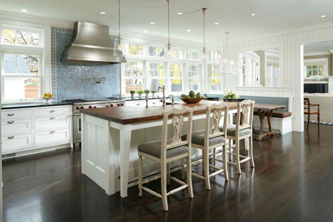 Nice: Bathroom Design, Dreams Kitchens, Kitchens Inspiration, Georgian Style, Blue Tile, Interiors Design, Kitchens Ideas, Studios Interiors, Kitchens Layout
