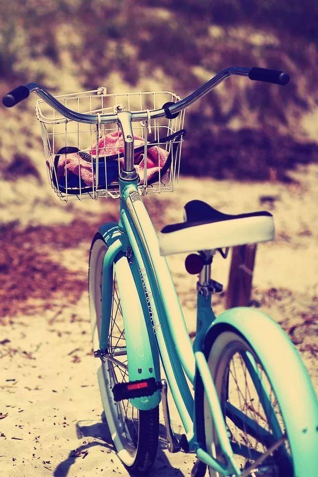 Bike #iPhone 4s #Wallpaper   http://www.ilikewallpaper.net ...