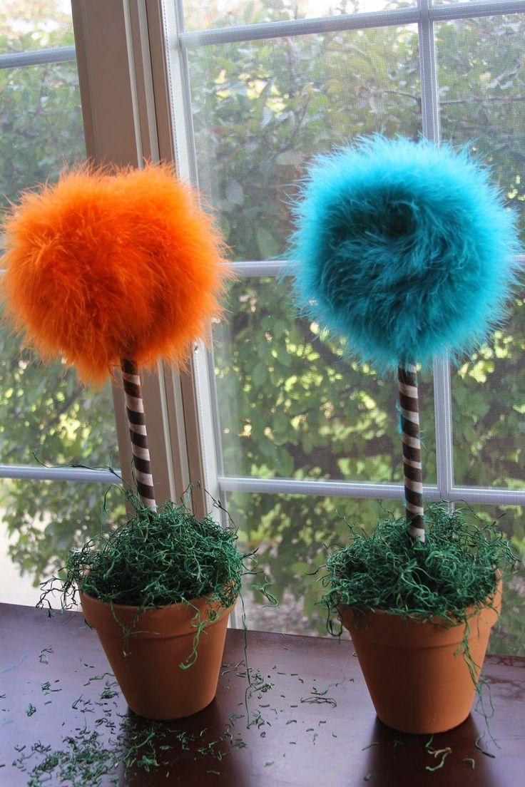 Making Truffula Trees from Dr. Suess' THE LORAX ... is super easy and SUUUPPPER CUTE!!         First things first     Purchase List     1...