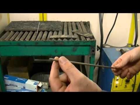 La soudure à l'arc à l'électrode enrobée - partie 1 - YouTube