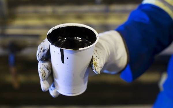 Стратегический нефтяной резерв США упал до самого низкого уровня за 12 лет http://actualnews.org/ekonomika/183628-strategicheskiy-neftyanoy-rezerv-ssha-upal-do-samogo-nizkogo-urovnya-za-12-let.html  Стратегический нефтяной резерв США показал сокращение до 682 млн баррелей, что является минимальным показателем за более, чем 12-летний период. Такие сведения со ссылкой на личные источники предоставляет издание Bloomberg.