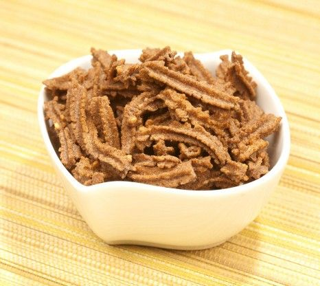 Roasted diet snacks have low fat, calorie content and high protein and fibre content. BrownTree Ragi Sticks are a delectable accompaniment w...