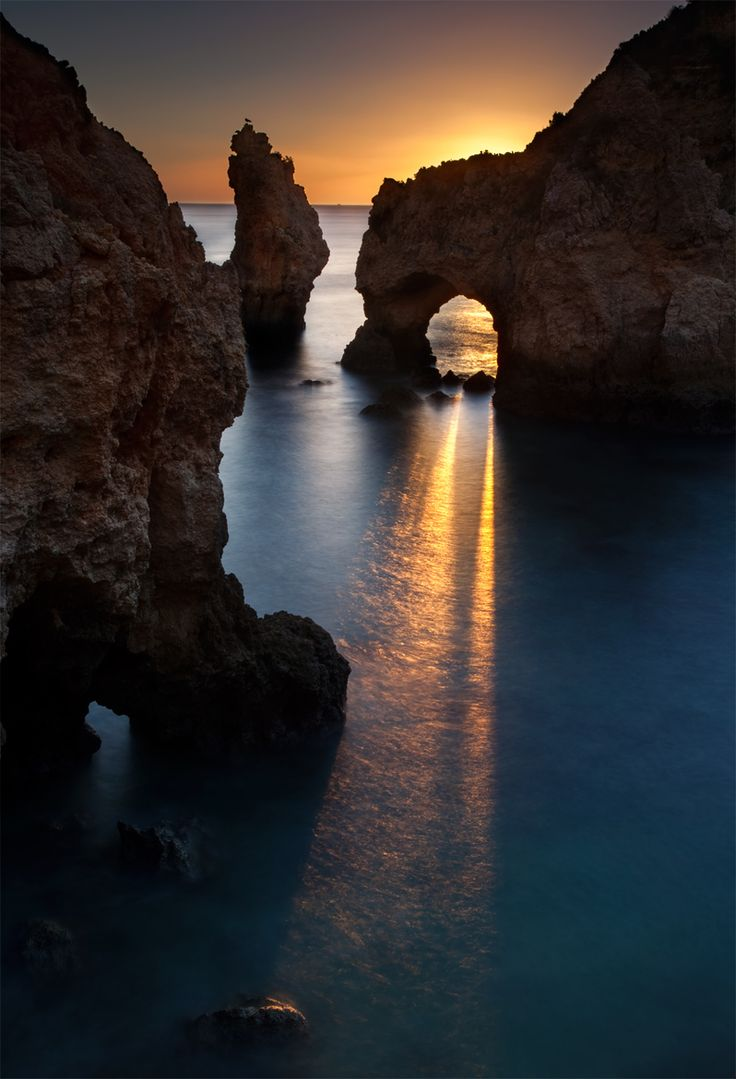 Arch at Paria de Point, Portugal