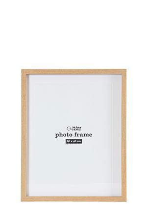 """This wooden gallery frame is perfect for memories or art. This frame has an easel back for table top display39x3x49cm and holds a 30x40cm photograph.<div class=""""pdpDescContent""""><BR /><b class=""""pdpDesc"""">Dimensions:</b><BR />L39xW3xH49 cm</div>"""