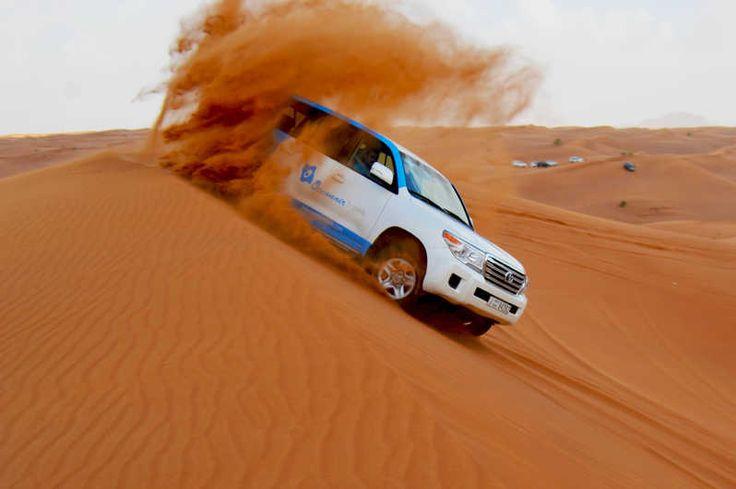 Quittez Dubaï pour la soirée et profitez de multiples activités lors d'un safari de 6h dans le désert rouge. Traversez les dunes en 4 x 4, admirez le coucher de soleil sur le sable. RDV dans un camp pour un dîner barbecue et bien plus.