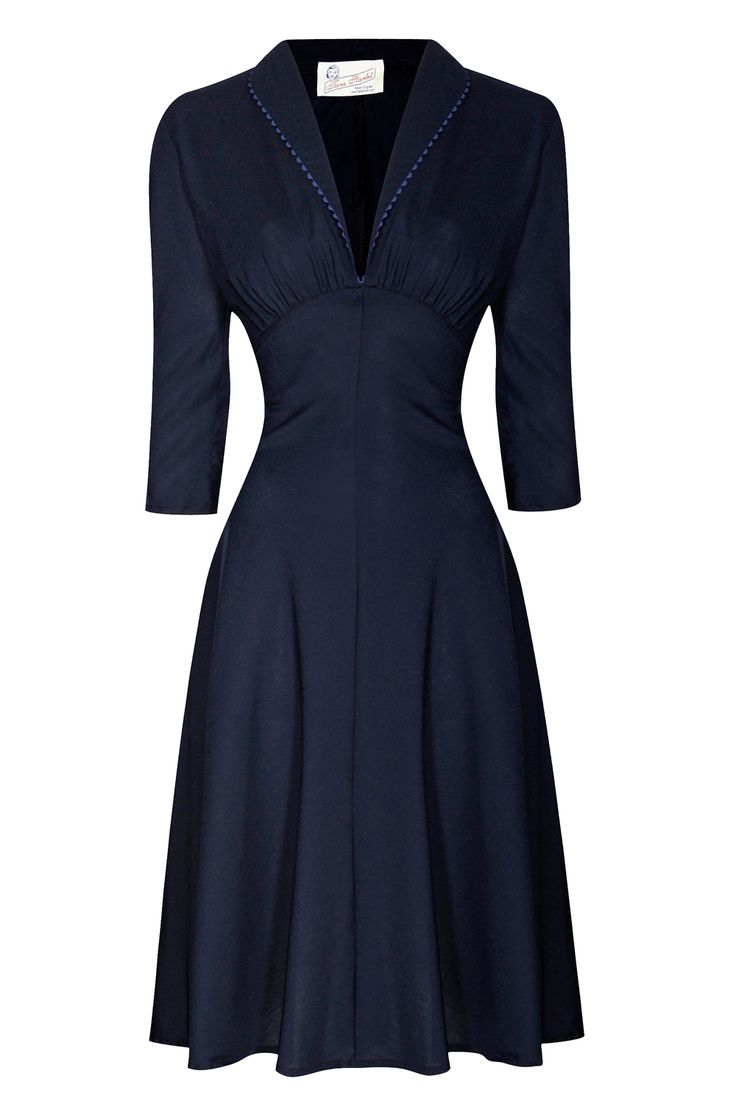 1940's style dress - I love the cut of this dress, simple and elegant.