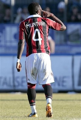Bravo Muntari! Forza rossoneri! Boateng took off his shirt and walked off the field with his Milan teammates. Urby Emanuelson, Sulley Muntari and M'Baye Niang also were targeted by the chants.