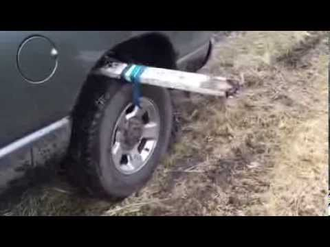 Zapadli ste s autom? Najjednoduchší spôsob, ako z tejto situácie vyviaznuť a neplatiť za odťahovku!