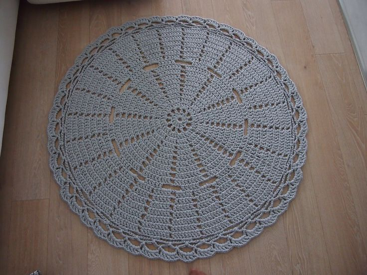 crochet carpet gray By Halla COLLECTION