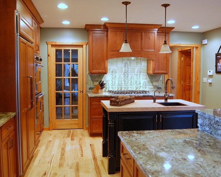 17 best images about log cabin homes on pinterest luxury for Log cabin kitchen backsplash ideas