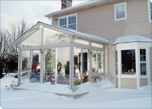 Delightful The Jacksons Look Forward To Chicago Snowfalls As Theyu0027re Snug In Their  Betterliving Sunroom