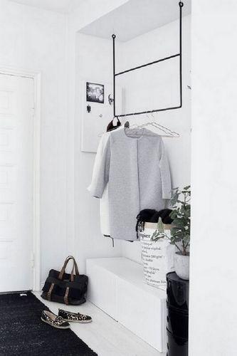 10 Industrial Style Hallway Ideas