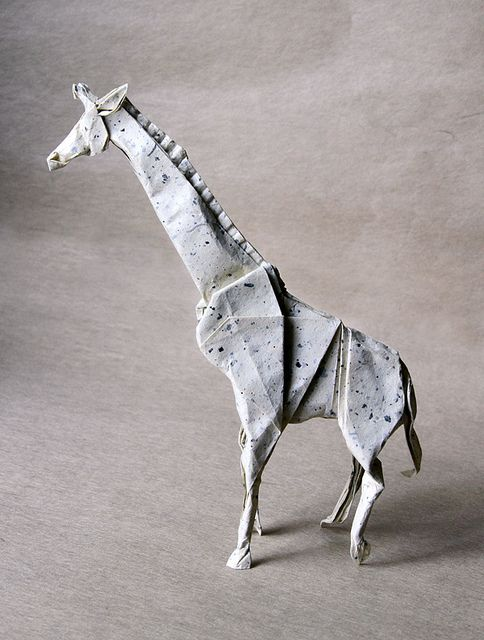 There are many not-so-cool Origami giraffes. This one, however, is an exception #animals