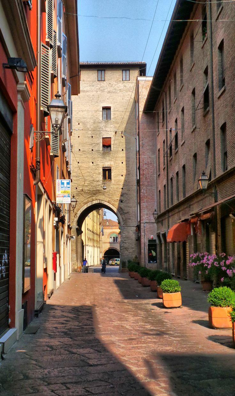 Via Portanova, Bologna