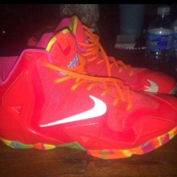 Lebron 11's 'Fruity Pebbles' RARE SOLD OUT SZ 5 Y SOLD OUT EVERYWHERE, there youth sz 5Y a women's SZ 6-6.5 great condition worn 2 times, make me a trade or great offer there RARE, don't buy this listing without hearing from me I'm torn on selling Nike Shoes