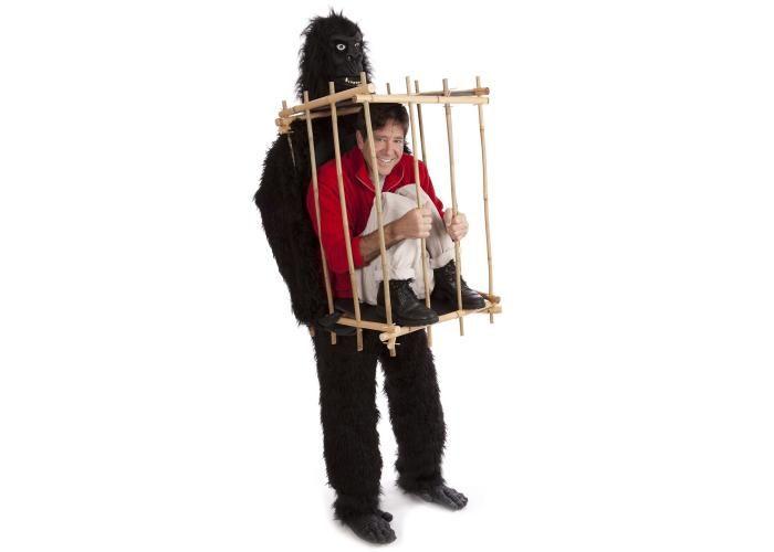 TRAJE DE GORILA CARACTERISTICAS  Todas las tallas   100% poliester  se leva a mano  Incluye: Traje de Gorilla cabeza, manos y pies, jaula  Color: negro Precio $5,050.00