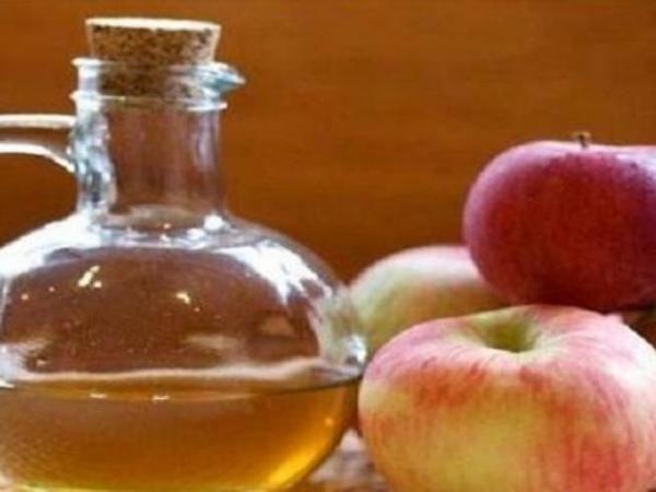Obati Keputihan Anda dengan Cuka Apel