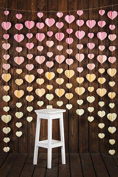 Гирлянда с сердцами. http://fafastudio.com.ua/font.html