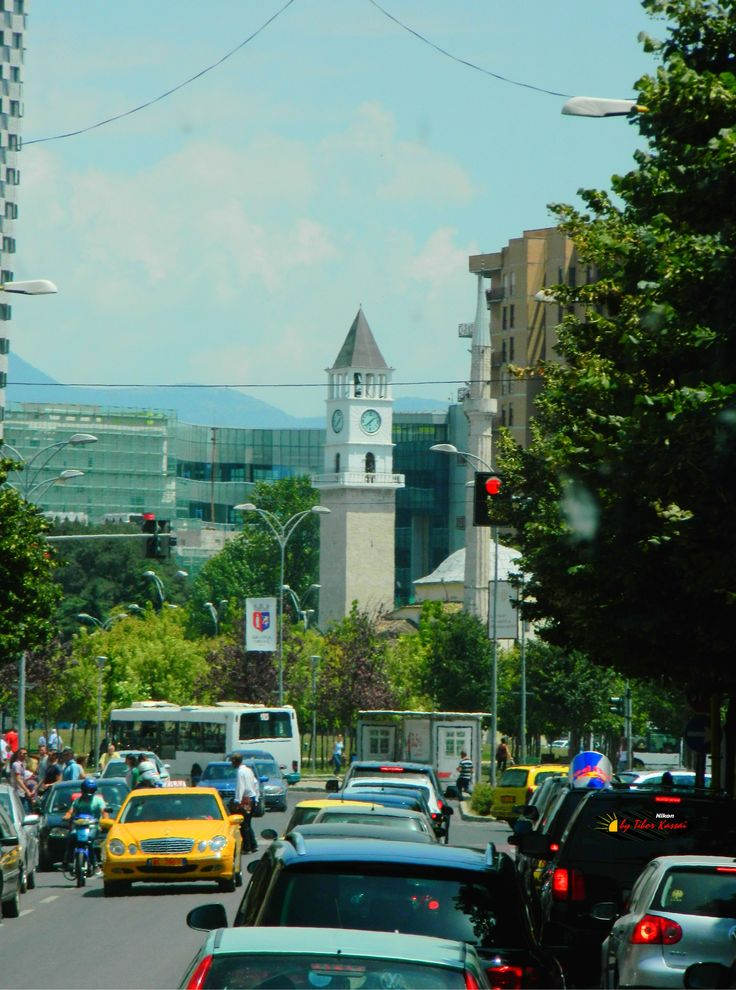 Tirana, Albania, photo from the bus, Nikon Coolpix L310, 39.7mm, 1/640s, ISO80, f/5.4, -1.0ev, HDR photography, 201607061338