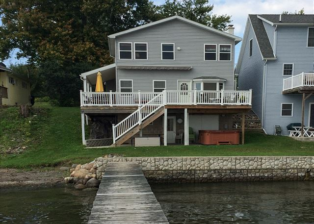 Seneca Lake Vacation Rentals: Winey Duck Cottage | Finger Lakes Rentals |  Lakeside Seneca Lake