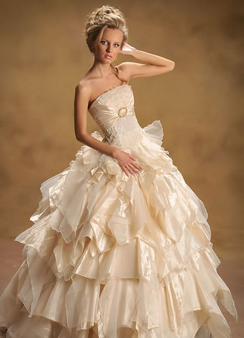 autumn wedding dresses 2011 Latest Collection of Bridal Dresses