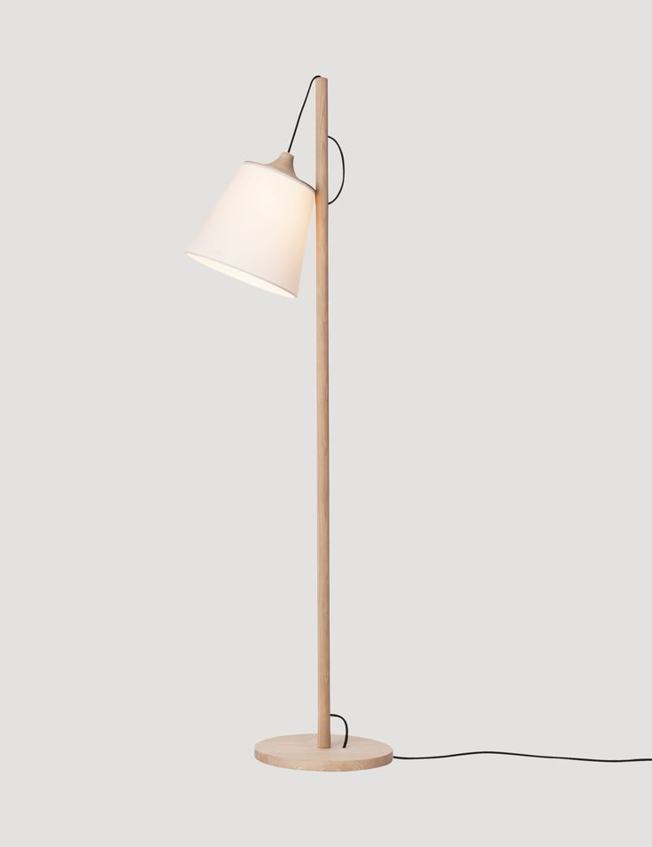 The PULL floor lamp is a Muuto icon. A perfect example of classic and simple Nordic design, given a new perspective with its playful personality. PULL has an adjustable shade that changes both the lamp's light and its character. The lamp was the winning design of the Muuto Talent Awards 2011 for Whatswhat.#muuto #muutodesign