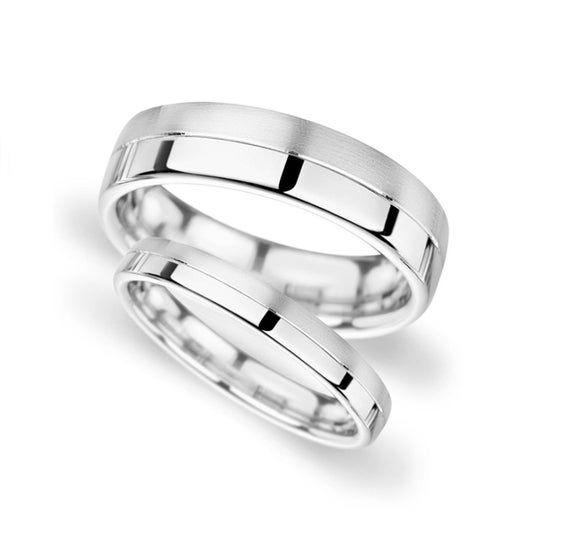 Platinum Wedding Rings Platinum Wedding Band Women Platinum Etsy In 2020 Platinum Wedding Rings Wedding Ring Designs Platinum Wedding Band Womens
