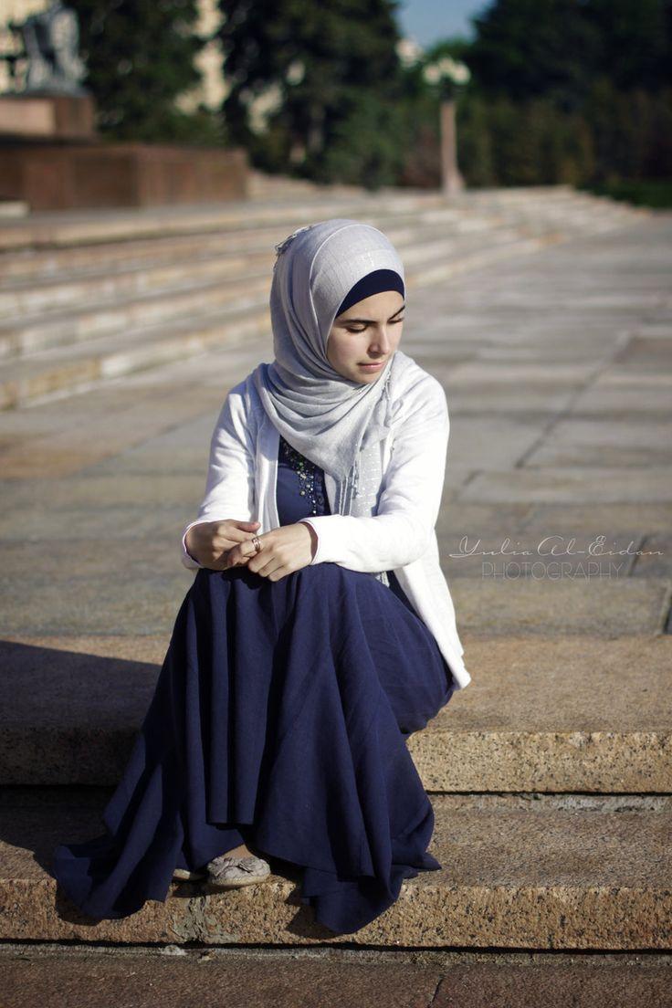 http://abayatrade.com muslim fashion magazine  Nyc