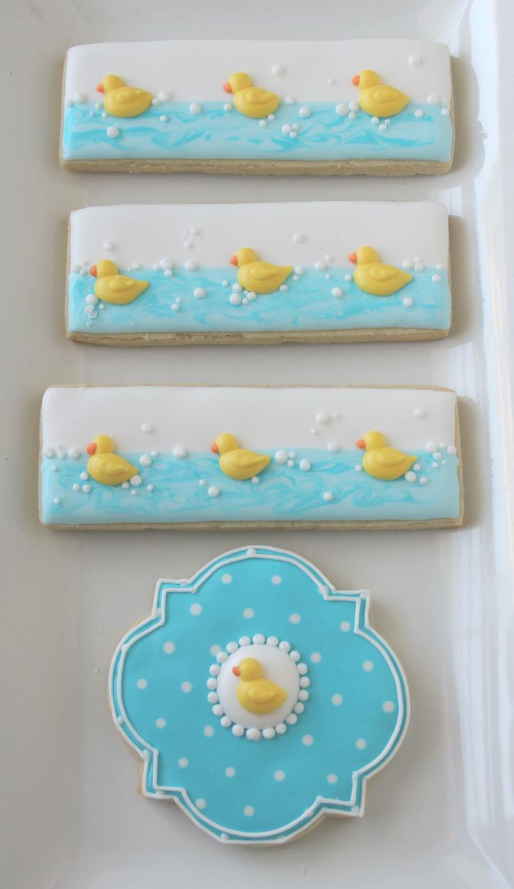 Would by cute for a baby shower… Rubber duckies cookies