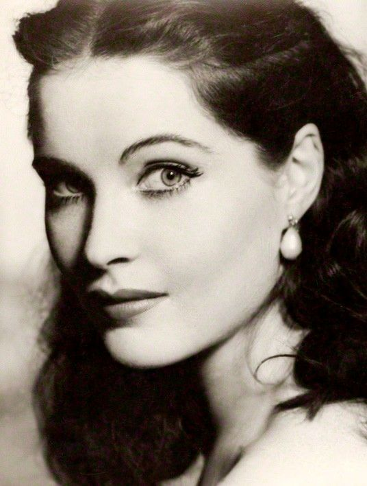 18 Best Images About Yvonne Furneaux Amp Yvonne Romain On Pinterest Posts Actresses And The