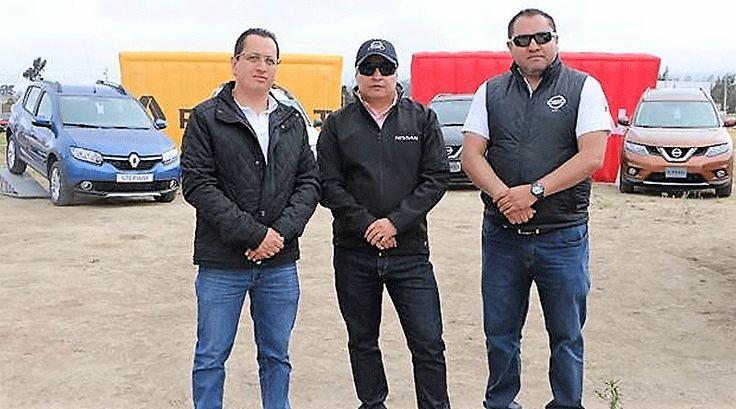 """SUVs de Nissan presentes en carrera """"Ruta 86 - 1⁄4 de Milla"""": http://automagazine.ec/"""