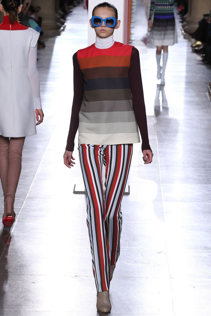 Jonathan Saunders Fall 2015 Ready-to-Wear Fashion Show - Molly Bair
