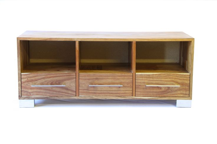 A simple clean lined 3 drawer plasma unit.